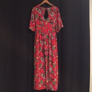 ***PRICE DROP*** NWT Red Floral ROMPER